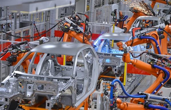 宝马将裁员6000人 集团将向电气化及智能化转型